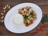 37. Chicken and Cashew Nuts